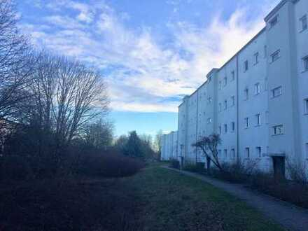 Renovierte 2,5 Zimmer Wohnung in Neukölln - Treptow