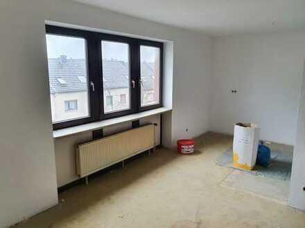 frisch Renovierte Wohnung!!