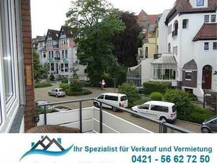 HB- Barkhof: 2-Zimmer Wohnung im 2.OG mit 3 Balkonen, Wohnküche, Designerbad, Bodenraum u.Aufzug.