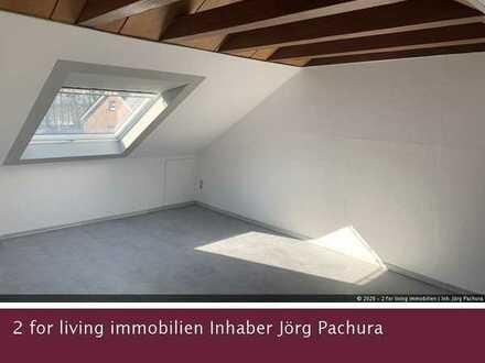Geschmackvolle Dachgeschosswohnung mit sichtbarem Balkenwerk u. einem Stellplatz in schöner Wohnlage