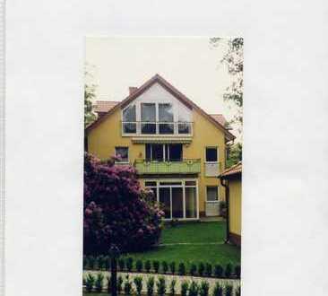 Traumhafte, 2 Zimmer-Dachgeschosswohnung in Berlin, Kladow (Spandau) - Südlage