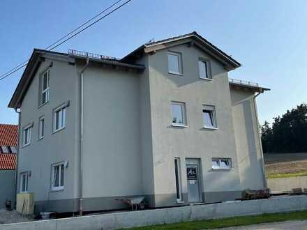 Erstbezug 3-Zimmer-DG-Wohnung mit Balkon ruhiger Lage