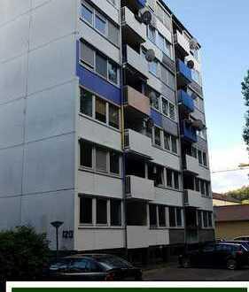 KAPITALANLEGER AUFGEPASST! Geräumige 4 Zimmer-Wohnung in ruhiger Lage mit Balkon