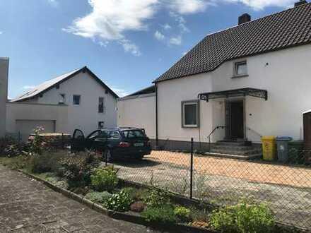 Erstbezug mit Garten und Terrasse: Energiespar-4-Zimmer-Maisonette-Wohnung an der S1 (N-R)