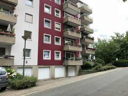 Preiswerte, vollständig renovierte 3,5-Zimmer-Wohnung mit Balkon in Bochum Wattenscheid Höntrop
