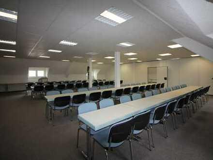 Großraumbüro mit guter Infrastruktur