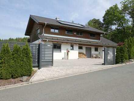 Traumhaus - Ökologisches Einfamilienwohnhaus in Holzbauw. m. sep. Gästehaus, 4.298 m² Grund, Nähe CO