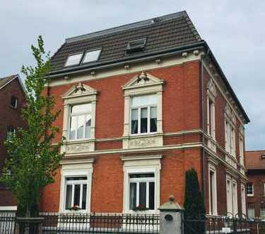 zentrale, schöne 3 Zimmerwohnung im Jugendstilhaus