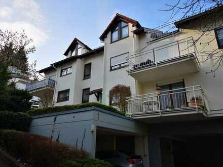 +++ KAPITALANLAGE + Helle & große 2 Zi.-ETW ca. 56 qm Wfl. + Balkon + PKW-Stellplätze + 8-FH +++