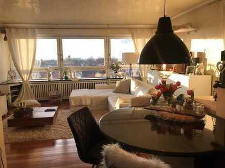 Vermietung einer luxuriösen teilmöblierten 2-Zimmer-Wohnung