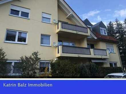 BERGFELDE: Ab Herbst bezugsfreie,gepflegte 3-Zi.-Wohnung mit Terrasse+Garten