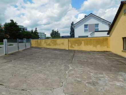 Stellplatz für Wohnmobil oder Wohnwagen außen
