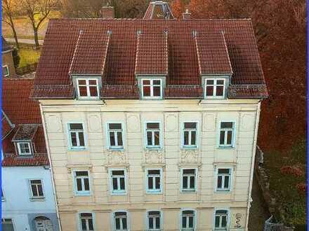 Verkauf gegen Gebot_Mehrfamilienhaus mit 6 Garagen und 8 Stellplätzen in Gößnitz