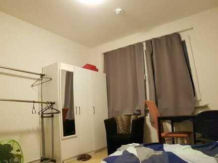 Single Bedroom in a 3-Room Apartment at amalienstraße, 06842 Dessau-Roßlau