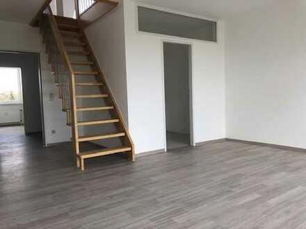**TOP CITY-MAISONETTE**, ausgefallene junge Wohnung mittendrin und doch ruhig gelegen in Bochum-Wat