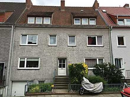 Helle 4-Zimmer Wohnung in Gröpelingen mit EBK und Balkon