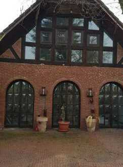 Schönes, geräumiges Haus mit sechs Zimmern in Offenbach (Kreis), Langen (Hessen)