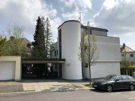 TOP: Frisch renovierte 3-Zimmer-Wohnung in einer der besten Lagen