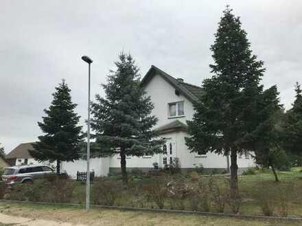 Schöne Haus mit fünf Zimmern in Parchen mit angrenzendem Waldgrundstück (Besichtigung 10.JAN)
