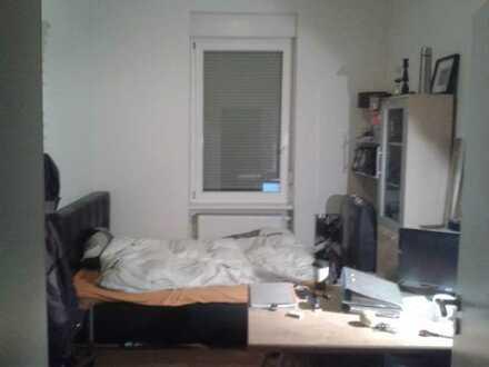 Schönes 13qm-Zimmer in Rintheim ab 15.03 frei