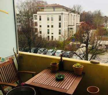 Exklusive 2-Zimmer-Wohnung mit Balkon in Bogenhausen, München