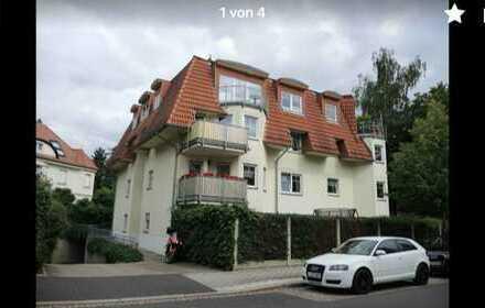 Gepflegte 3-Zimmer-Wohnung mit Balkon und EBK in Leipzig (Kreis)