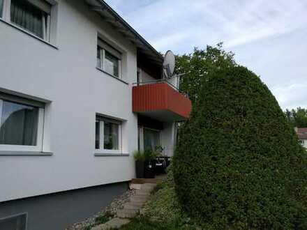 Gepflegte 3-Zimmer-Hochparterre-Wohnung mit Terrasse und EBK in Gaildorf