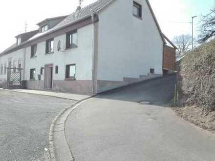 Schönes Haus mit fünf Zimmern in Kusel (Kreis), Herschweiler-Pettersheim