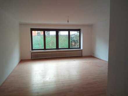 Erstbezug nach Sanierung: geräumige 2-Zimmer-Wohnung zur Miete in Bremen