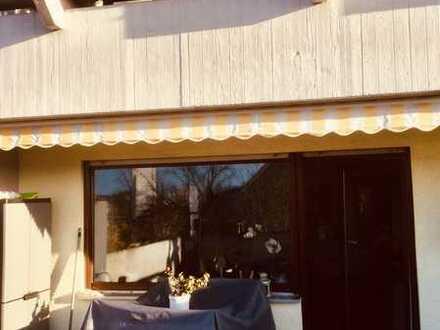 Attraktive 4,5-Zimmer-Wohnung mit 38 qm Südterrasse und Einbauküche in Oftersheim
