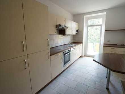 **3-Raum-Wohnung mit Einbauküche im schönen Lutherviertel**