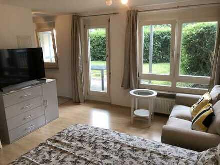 Gemütliches 1-Zimmerapartment mit Terrasse und Garten im Zentrum von Stuttgart - Bad Cannstatt