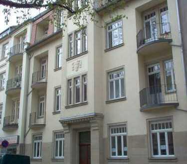 Helle und gemütliche 2 RWE mit großem Balkon!