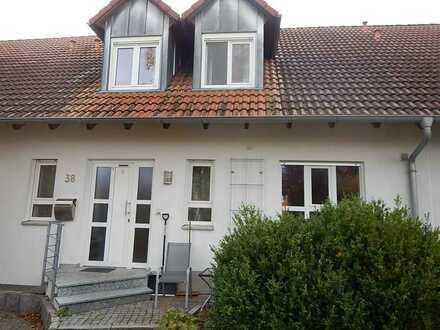 Exklusives Reihenhaus mit fünf Zimmern in Berg, Bamberg