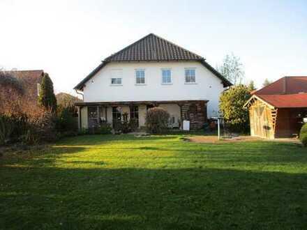 freistehendes Einfamilienhaus mit Gewerbeeinheit und viel Platz