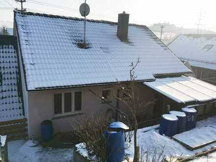 Gemütliche Doppelhaushälfte mit Terrasse, Gartenhaus und Stellplatz!