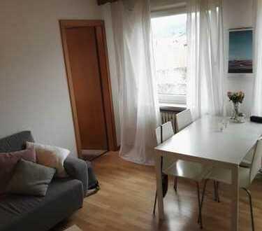 Gut geschnittene 2-Zimmer-Dachgeschosswohnung mit Garage in Grassau/Mietenkam