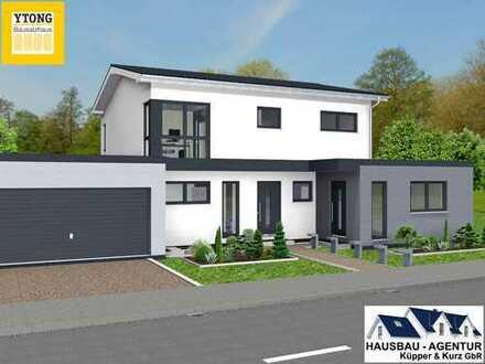 Modernes Einfamilienhaus mit Einliegerwohnung, Keller, Doppelgarage und ca. 1184 m² Grundstück