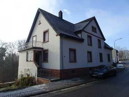 Schönes Einfamilienhaus mit herrlicher Aussicht in Clausen