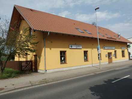 gut eingeführtes Gaststättengebäude mit Biergarten und geplanten Wohnungsausbau im Dachgeschoß