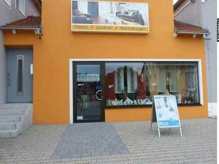 Super Lage - nach Wunsch frei gestalten! Ladenfläche in Schwandorf zu vermieten!