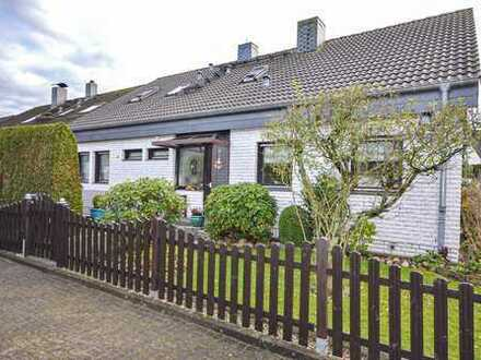Familie Willkommen! Gepflegtes Einfamilienhaus mit Einliegerwohnung in Reinbek