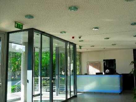 Ansprechendes Büro mit guter Ausstattung im Münchner Osten