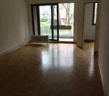 Toprenovierte, großzügige Zweizimmerwohnung im Herzen von Junkersdorf