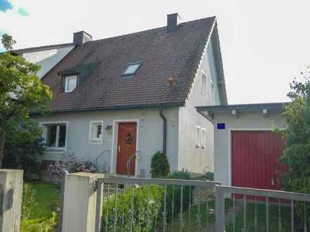 Topsanierte Doppelhaushälfte in zentraler Lage Regensburgs