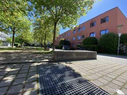 Exklusive, gepflegte 3-Zimmer-Wohnung mit Balkon und EBK in München