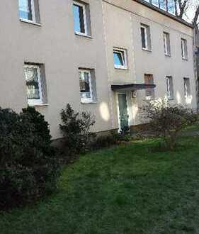 Helle 3-Z. Wohnung mit Sonnenbalkon in ruhiger Lage Moersenbroich