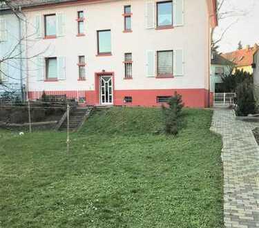 Gemütliche 5-Zimmer Wohnung Nähe S Bahn - in ruhiger Lage zu verkaufen