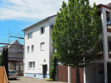 Wohnhaus mit 4 Wohneinheiten, Werkstatt, Garten- und Hoffläche