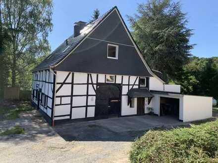 NATURIDYLLE-Landhausstil-Wohnung (80m²Wfl.+ 40m²Nutzfl.in Galerie)Erstbezug,Garten, Hund erwünscht!